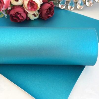 Декоративный кожзам перламутровый, голубой