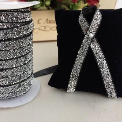 Лента бархатная с люрексом 10 мм, черный/серебро