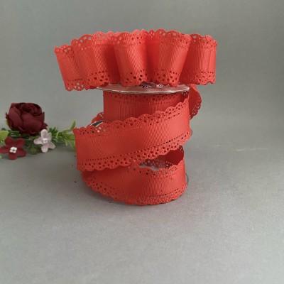 Лента репсовая с ажурными краями 3 см, красный