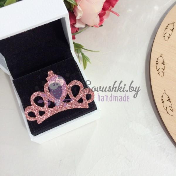 Патч с блестками Корона ажурная розовый персик