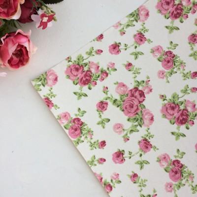 """Ткань самоклеящаяся для скрапбукинга и декора """"Розы"""", белый"""